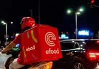 H eFood μετατρέπει τους διανομείς από ήρωες σε εργαζόμενους χωρίς δικαιώματα!
